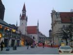 Mnichov - Viktualienmarkt a kostel sv. Ducha
